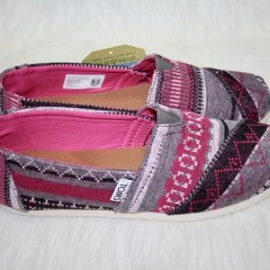 648173ded9e54 Toms Classic Fuchsia Tribal Jersey Boutique